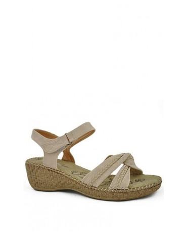 Beżowe sandały damskie na koturnie 6810-83626 American